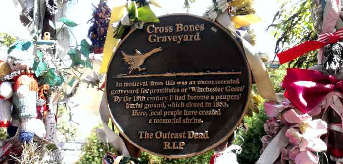 cementerio cross bones en Londres