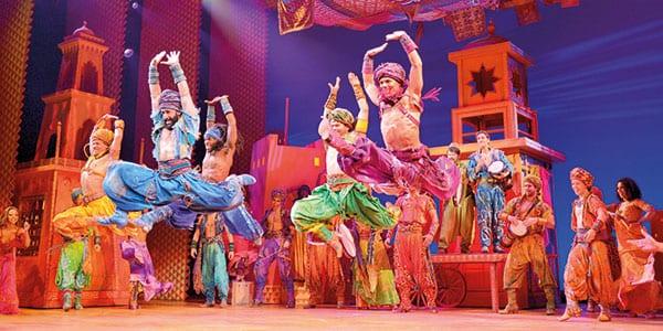 Escena del musical de Aladdin en Londres
